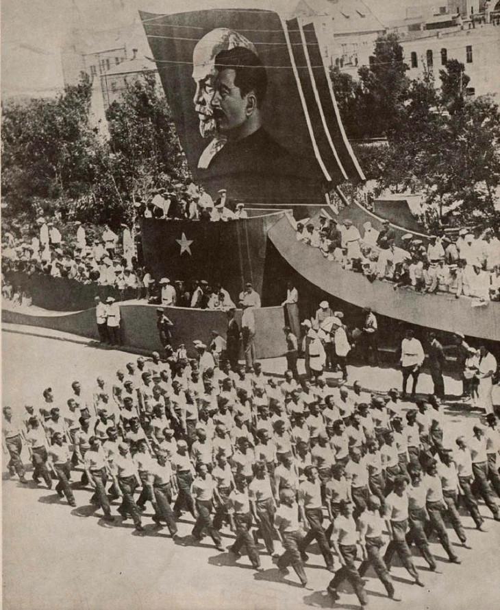 Бакинские парады первой половины XX века: вы навряд ли узнаете эту площадь