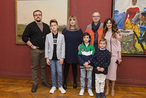 Персональная выставка, посвященная 90-летию Народного художника Азербайджана Камиля Наджафзаде