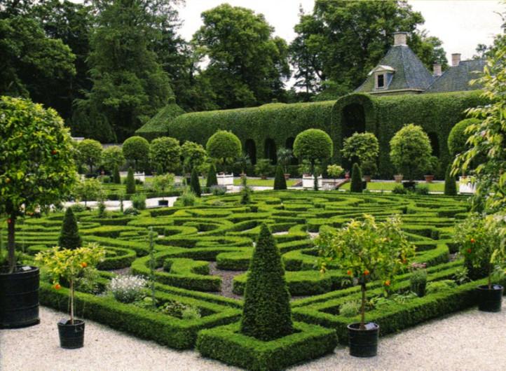 Сад регулярного стиля