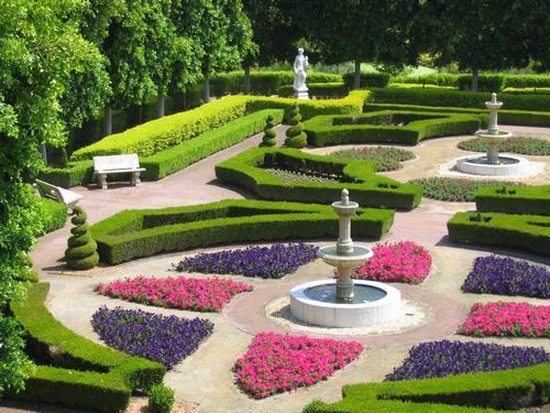 Regular garden